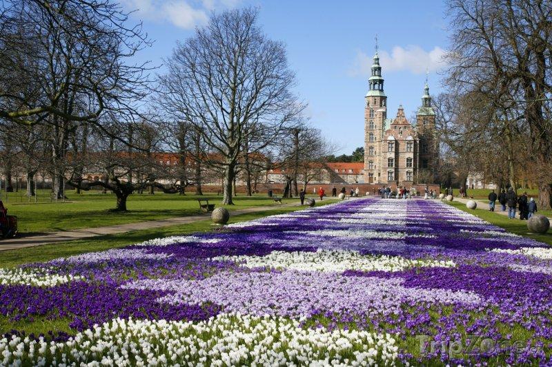 Fotka, Foto Královská zahrada u zámku Rosenberg v Kodani (Dánsko)