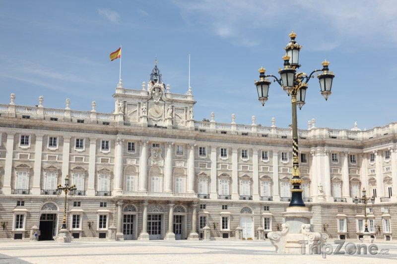 Fotka, Foto Královský palác v Madridu (Španělsko)