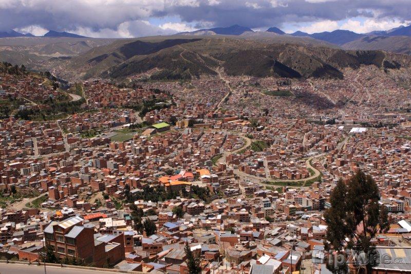 Fotka, Foto La Paz, pohled z výšky na město (Bolívie)