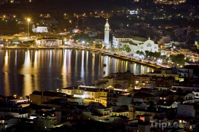 Fotka, Foto Město Zakynthos v noci (Zakynthos, Řecko)