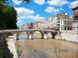 Most přes řeku Miljacku