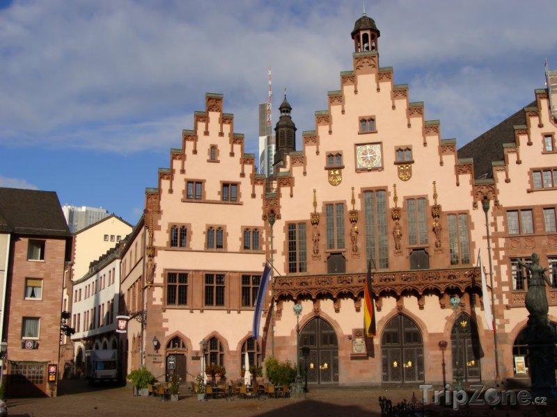 Fotka, Foto Náměstí Römer ve Frankfurtu nad Mohanem (Hesensko, Německo)