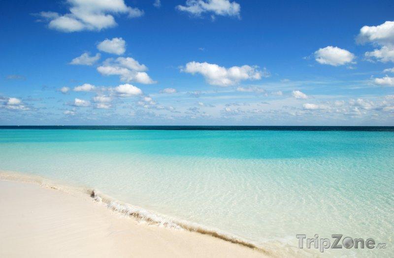 Fotka, Foto New Providence Island, pláž Lucaya (Bahamy)