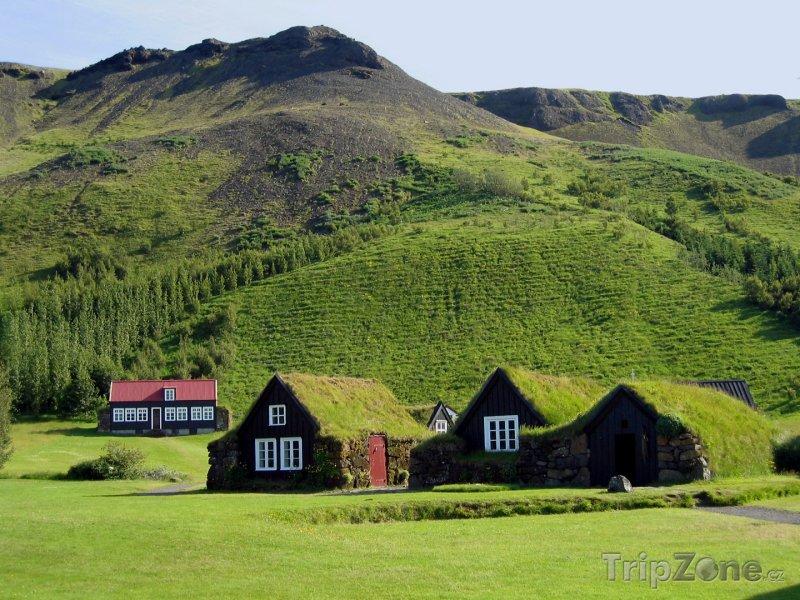 Fotka, Foto Obrázek tradiční venkovské vísky (Island)