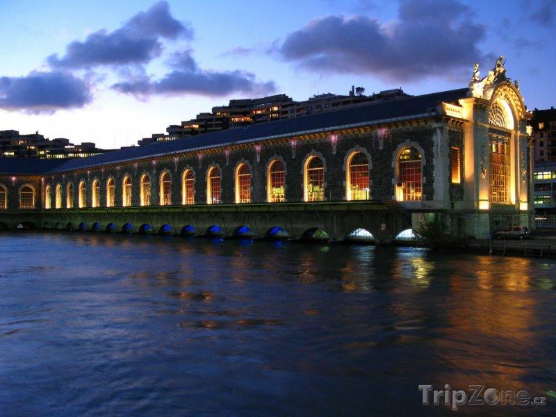 Fotka, Foto Opera v Ženevě (Švýcarsko)
