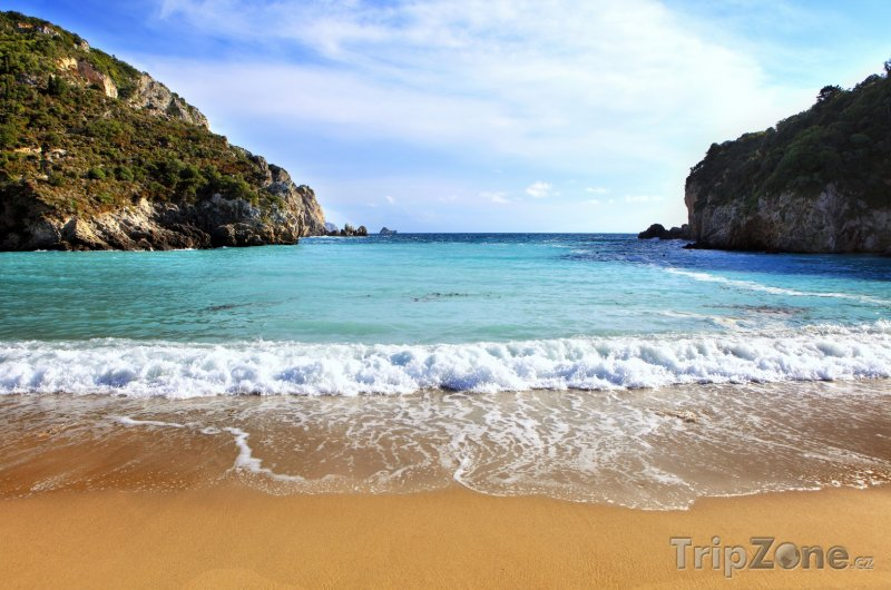 Fotka, Foto Paleokastritsa, pláž (Korfu, Řecko)