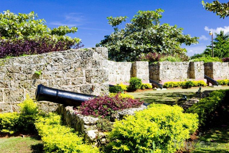 Fotka, Foto Pevnost Milford (Trinidad a Tobago)