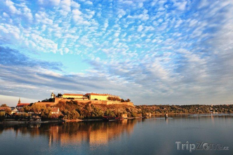 Fotka, Foto Pevnost Petrovaradin ve městě Novi Sad (Srbsko)