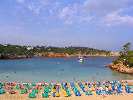 Pláž v rezortu Portinatx
