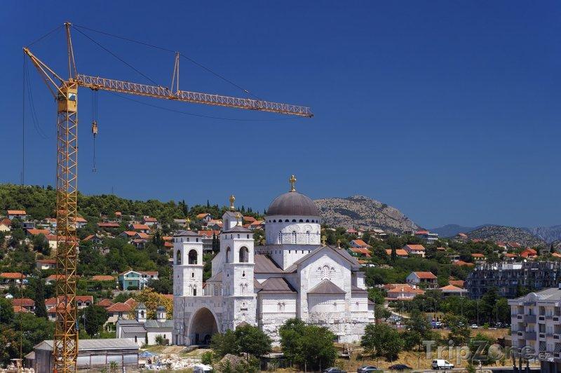 Fotka, Foto Podgorica, kostel Zmrtvýchvstání Krista (Černá Hora)