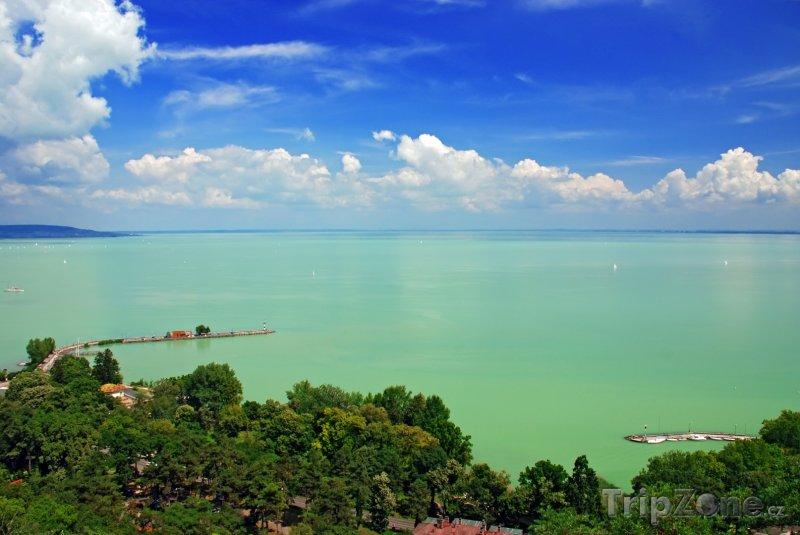 Fotka, Foto Pohled na Balaton z obce Tihany (Maďarsko)