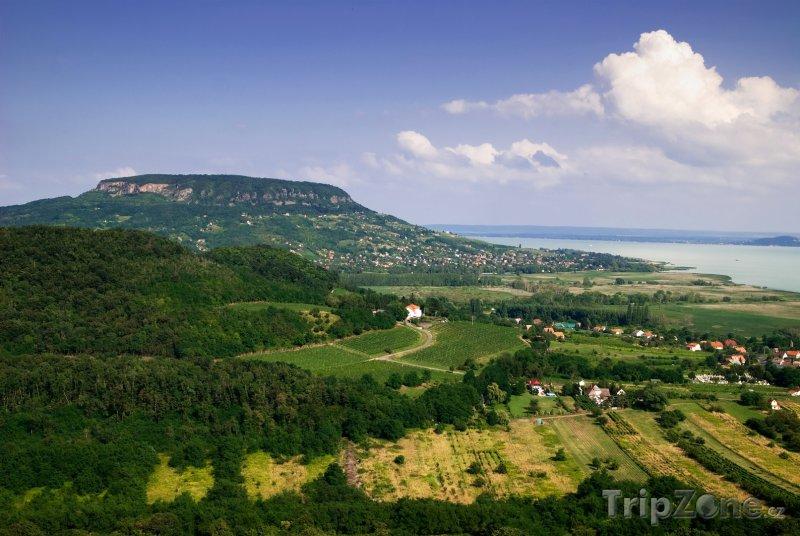 Fotka, Foto Půvabná krajina u Balatonu (Maďarsko)