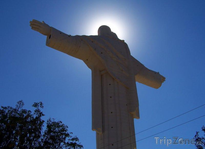 Fotka, Foto Socha Cristo de la Concordia ve městě Cochabamba (Bolívie)