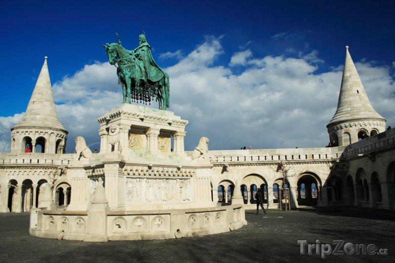 Fotka, Foto Socha sv. Štěpána v Budapešti (Budapešť, Maďarsko)