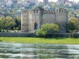 Středověká pevnost u řeky Nistru ve městě Soroca