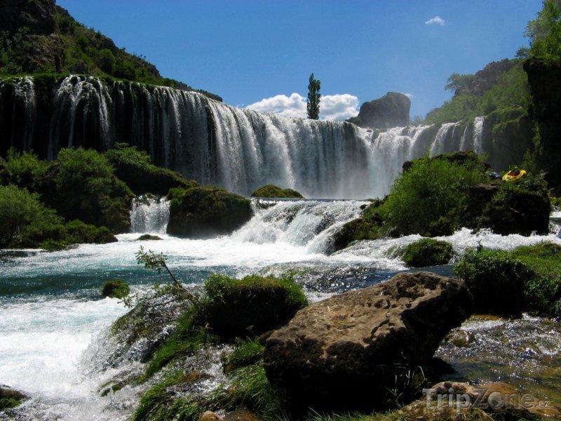Fotka, Foto Vodopády na řece Zrmanja (Srbsko)