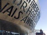 Wales Millennium Centre - umělecké centrum v Cardiffu