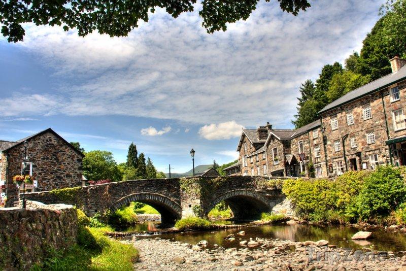 Fotka, Foto Wales - vesnice Beddgelert (Velká Británie)
