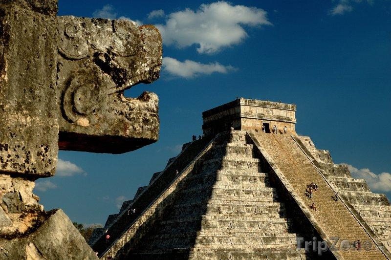 Fotka, Foto Yucatán, Kukulkanův stín v Chichén Itzá (Mexiko)