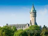 Zámecká věž s hodinami v Lucemburku