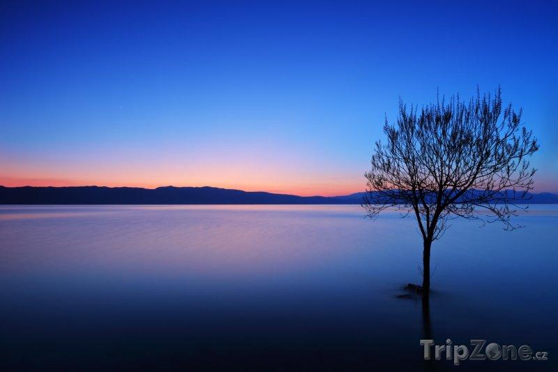 Fotka, Foto Západ slunce nad Ohridským jezerem (Makedonie)