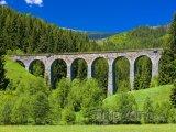 Železniční viadukt poblíž obce Švermovo