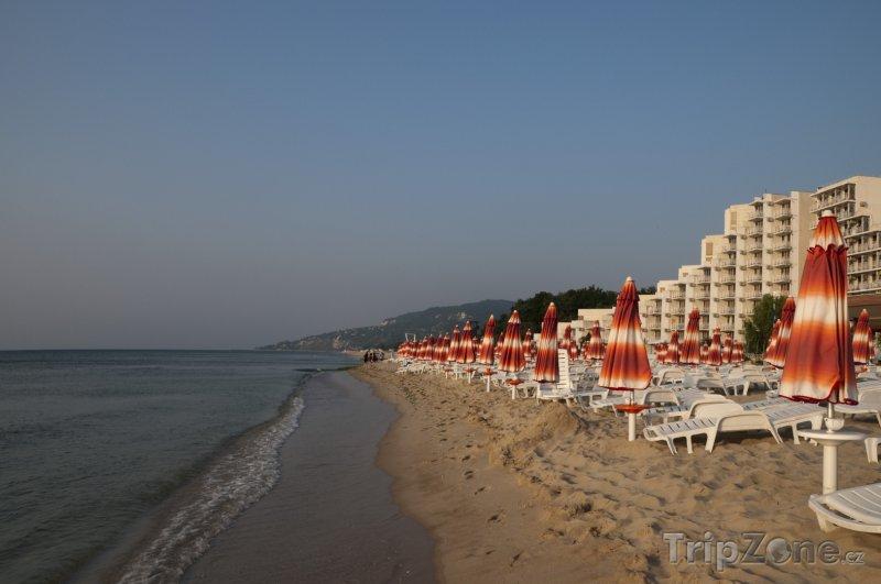 Fotka, Foto Albena, pláž a hotely (Severní pobřeží, Bulharsko)