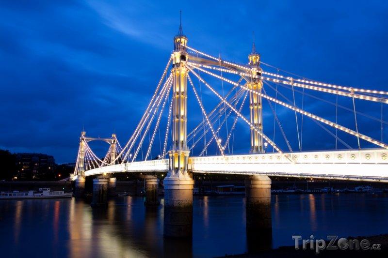 Fotka, Foto Albert Bridge (Londýn, Velká Británie)