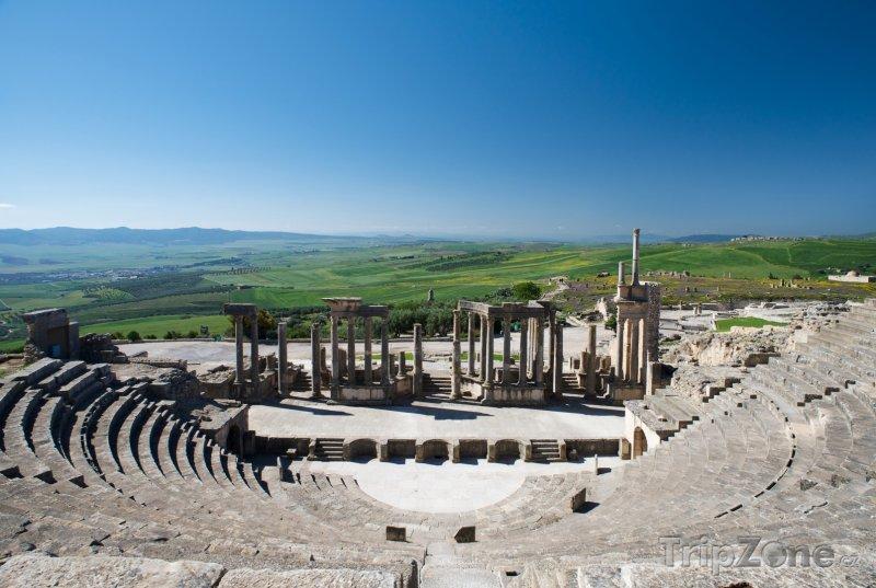 Fotka, Foto Amfiteátr ve městě Dougga (Tunisko)