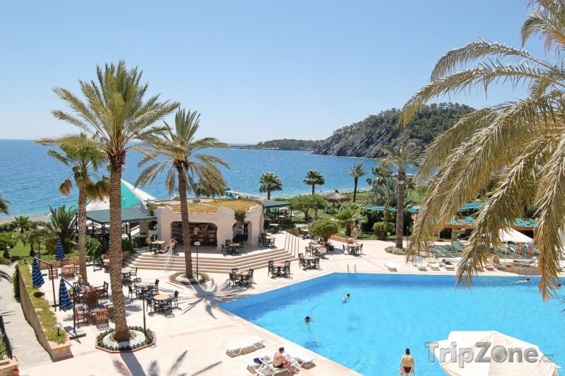 Fotka, Foto Antalya, bazén u jednoho z hotelů (Turecká riviéra, Turecko)