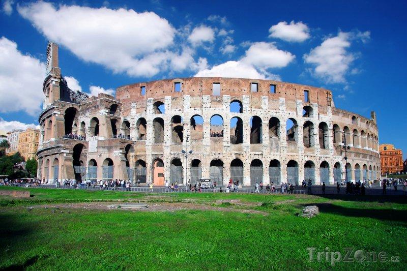 Fotka, Foto Antické Koloseum v Římě (Itálie)