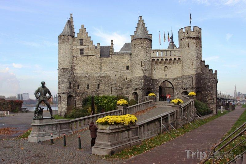 Fotka, Foto Antverpy, pevnost Het Steen, budova námořního muzea (Belgie)