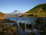 Azory, ostrov Faial, pohled na sopku Ponta do Pico