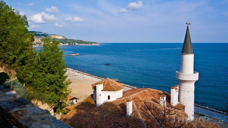 Fotka, Foto Balčik, pohled na palác a moře (Severní pobřeží, Bulharsko)