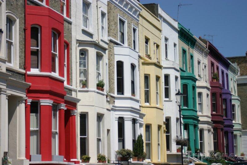 Fotka, Foto Barevné domy v ulici Portobello Road ve čtvrti Notting Hill (Londýn, Velká Británie)