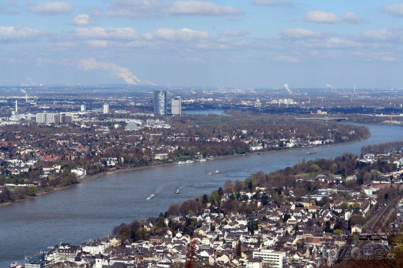 Fotka, Foto Bonn - pohled na Rýn (Německo)