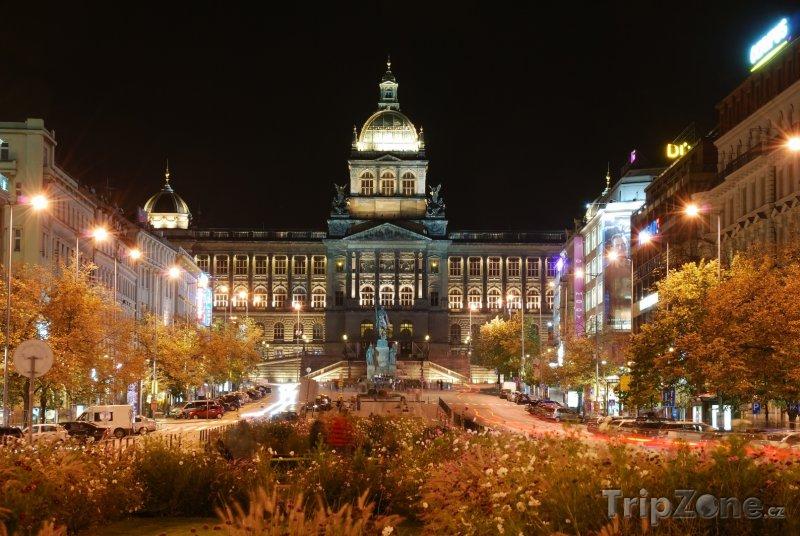 Fotka, Foto Budova Národního muzea (Česká republika)