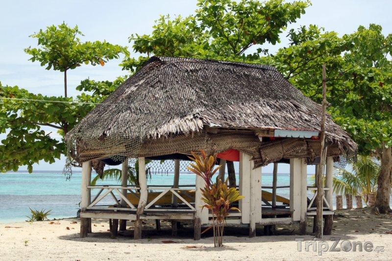 Fotka, Foto Chýše na pláži na ostrově Savaii (Samoa)
