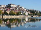 Coimbra, pohled na město z řeky Mondego