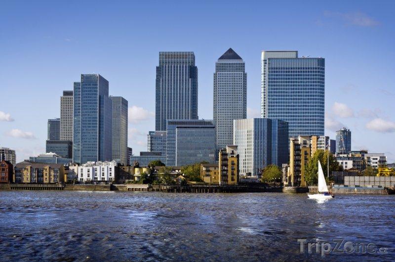 Fotka, Foto Finanční centrum Canary Wharf (Londýn, Velká Británie)