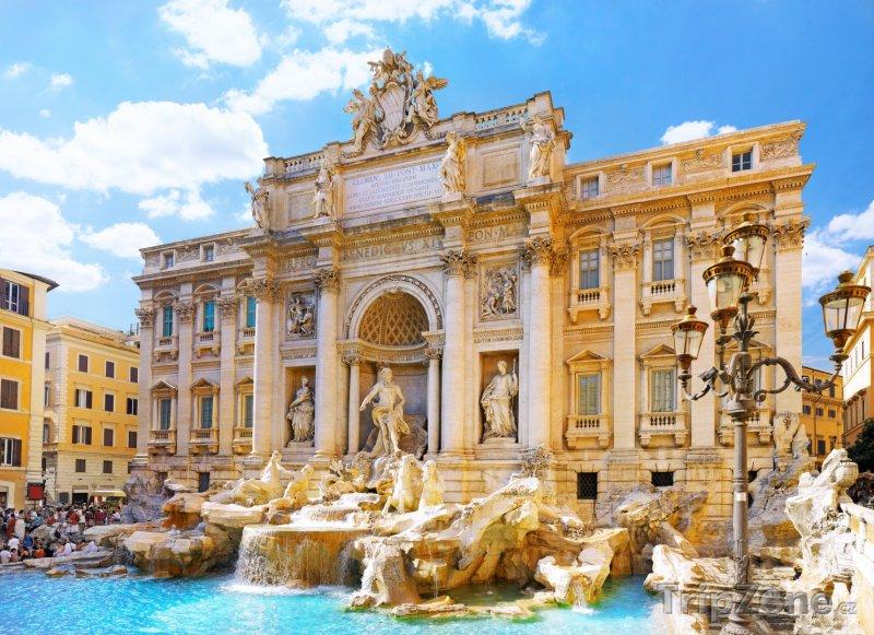 Fotka, Foto Fontána di Trevi v Římě (Řím, Itálie)