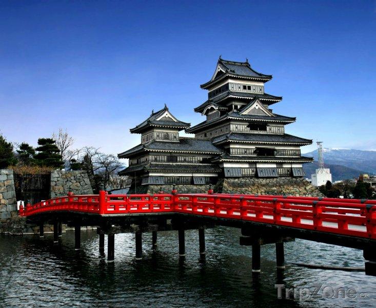 Fotka, Foto Hrad Macumoto na ostrově Honšú (Japonsko)
