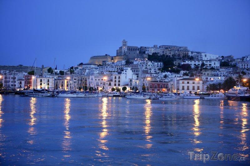 Fotka, Foto Ibiza, přístav v noci (Ibiza, Španělsko)
