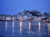 Ibiza, přístav v noci