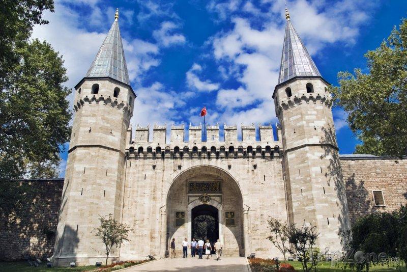 Fotka, Foto Istanbul, brána paláce Topkapi (Egejská riviéra, Turecko)