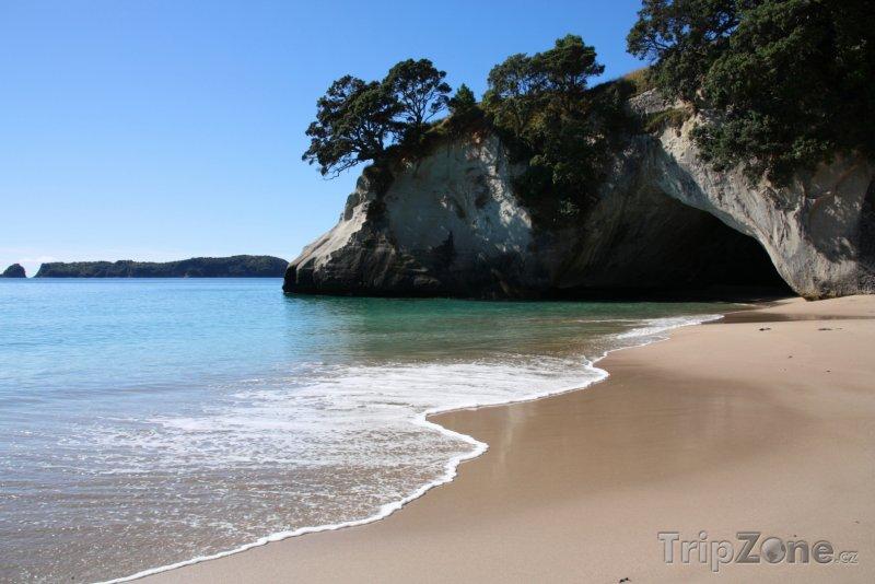 Fotka, Foto Jeskyně na ostrově Coromandel (Nový Zéland)