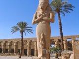 Karnak - socha Ramesse II.