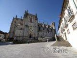 Katedrála ve městě Guarda v pohoří Serra da Estrela