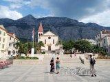 Kostel v centru města Makarska