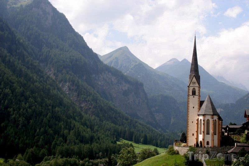 Fotka, Foto Kostel v Heiligenblut (Rakouské Alpy, Rakousko)